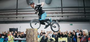 cropped-berlintrialscup2016_day2_elite-finals_img_4164_by_fabianfrost.jpg